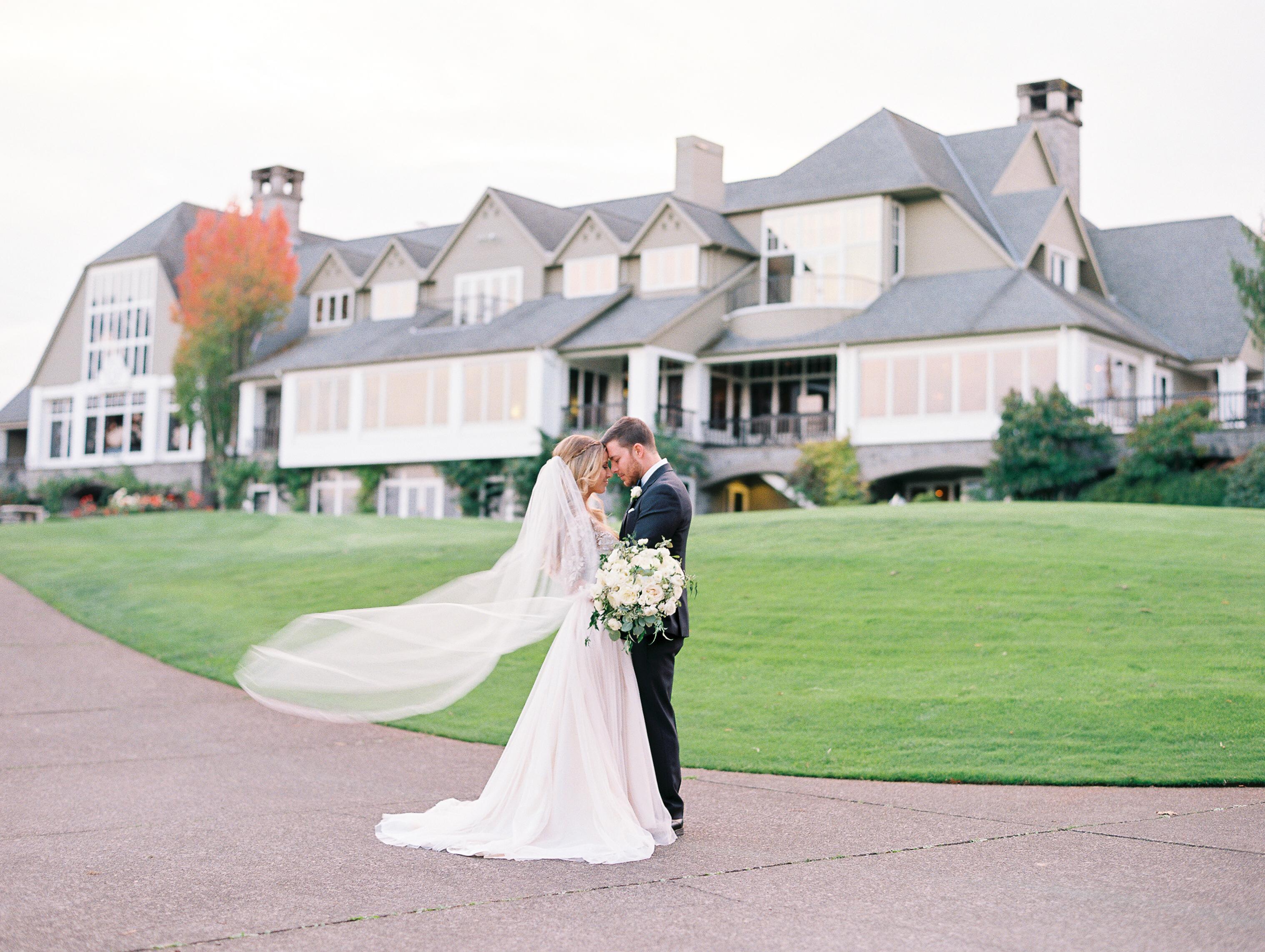 Portland Wedding Venues at the Oregon Golf Club   CC ...