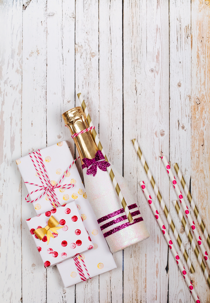 Your favorite mini bottle AND cute wrapping paper? Yes please!